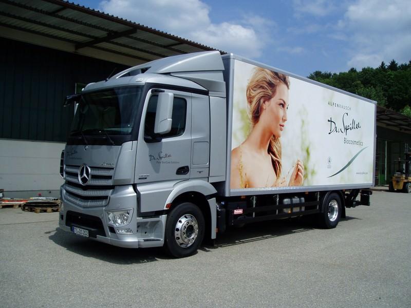 Koffer und Kühlfahrzeuge pic1484142045