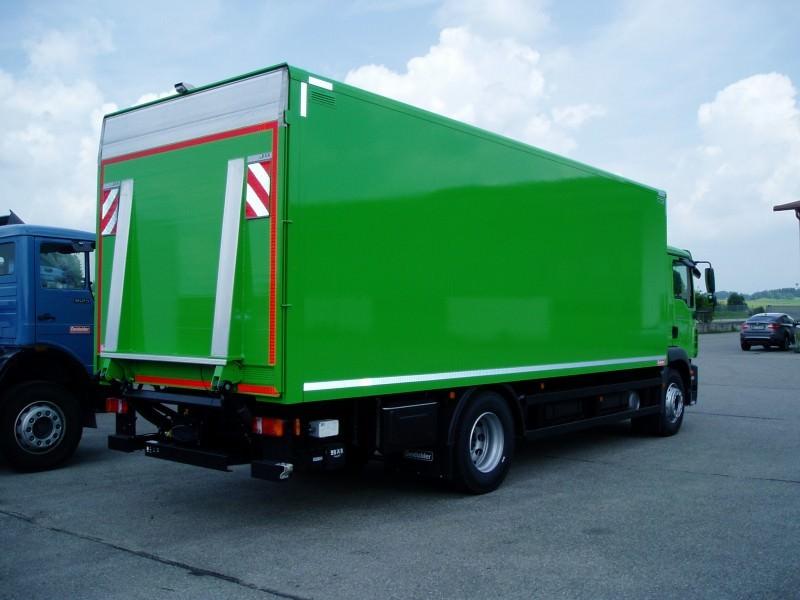 Koffer und Kühlfahrzeuge pic1484142040